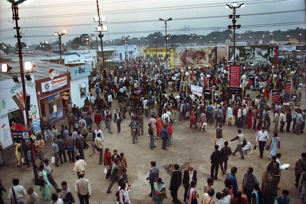 Indeed, it is an ocean of humanity. The crowd, the populace, the gathering in the bookfair far outreaches the assemblage in any other fair held in Kolkata. Are they all booklovers who hop from one stall to the other in search of new title? Are not same of them gay-makers, the teenagers for instance?