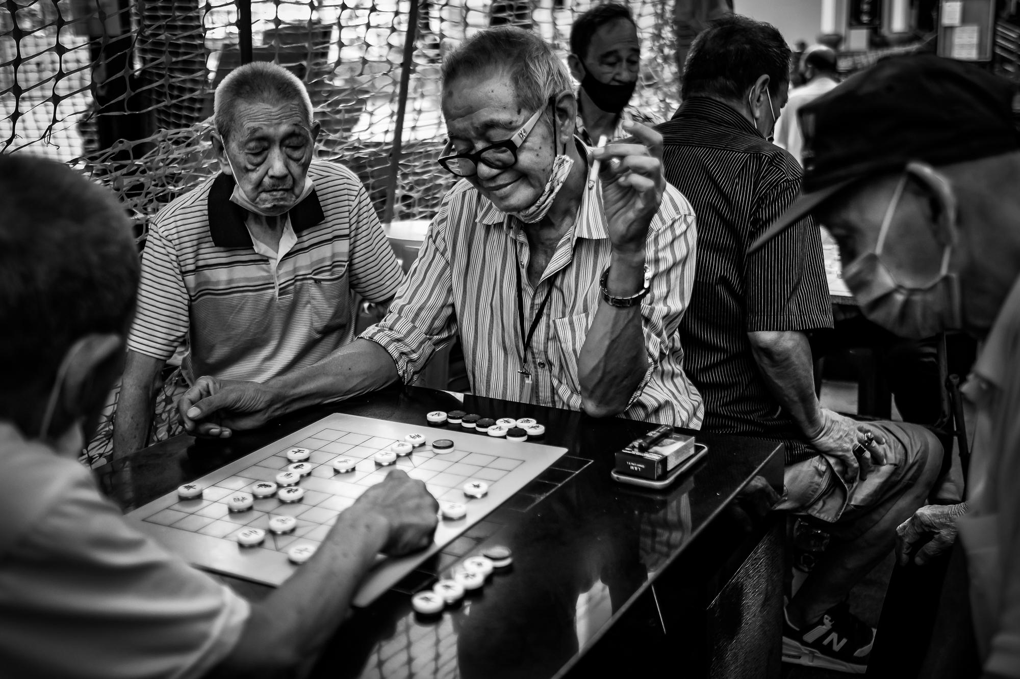 Old men playing Xiangqi