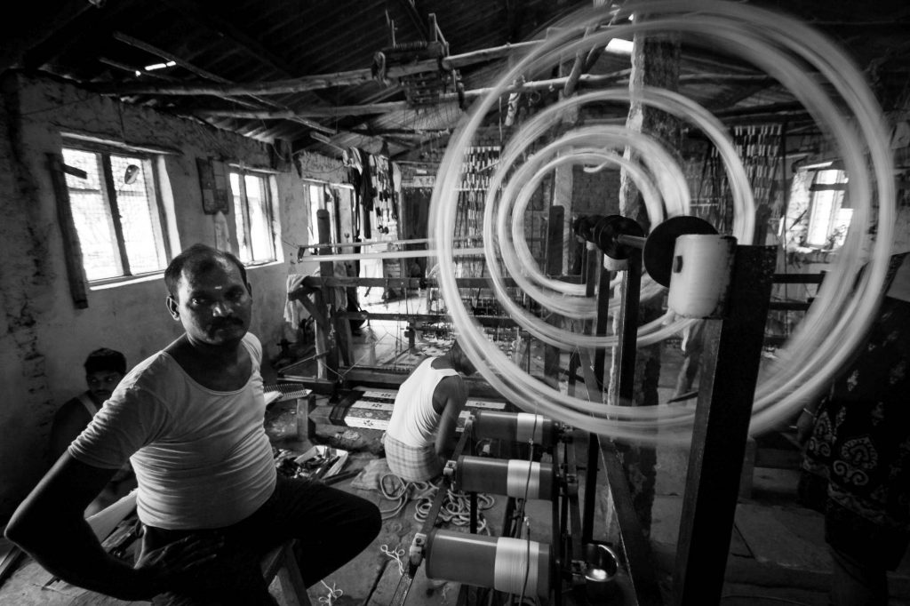 Electric spinning machines are used in bigger workshops